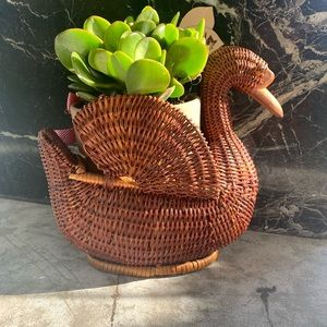 Vintage Wicker Rattan Nesting Duck Planter Basket